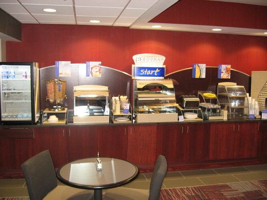 Holiday Inn Express Painted Post - Corning Area : Breakfast Area