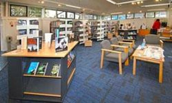 Bessbrook Library - Interior