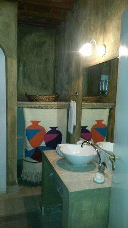 Hotel La Bluette: BATHROOM SUITE ROOM N°8