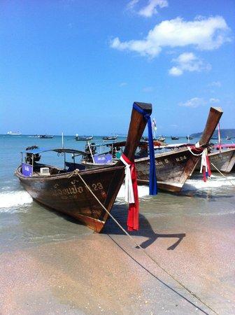 Ruenmayura Hostel : Aonang beach 5 mins away
