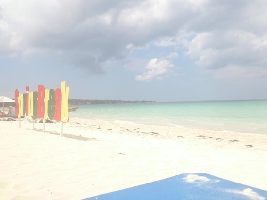 Jamaica Tamboo Resort : front row seat to beauty