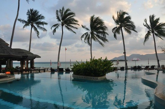 Chaba Cabana Beach Resort: The hotel's pool