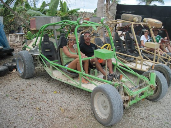 Xtreme-Buggy - Day Tours : Getting ready to leave!