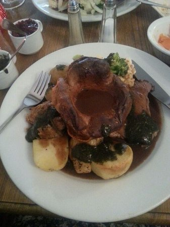 The Bell at Caerleon: Sunday Lunch