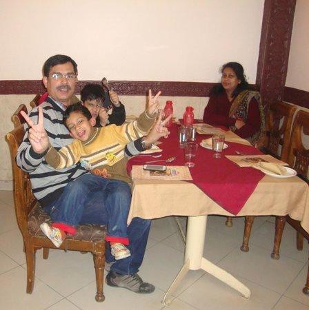 Karim's: table