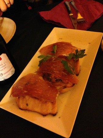 Pizzeria La Tartaruga : Pan/Ajo y Serrano Muy Bueno ¡¡¡