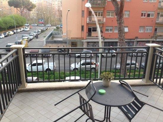 Hotel Aniene : Balcony of my room