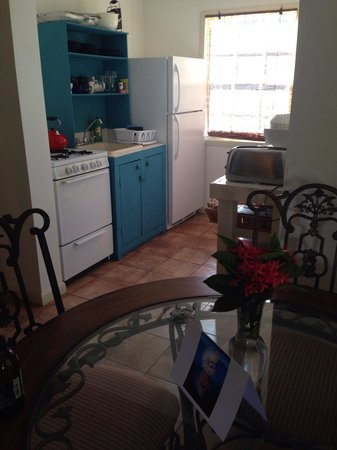 Antigua's Yepton Estate Cottages: kitchen area