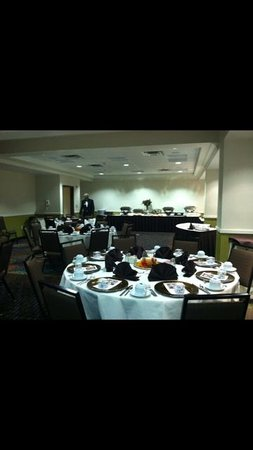 Holiday Inn & Suites Atlanta Airport - North: Party Room