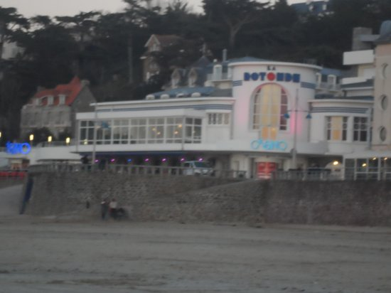 Restaurant Casino du Val André : extérieur