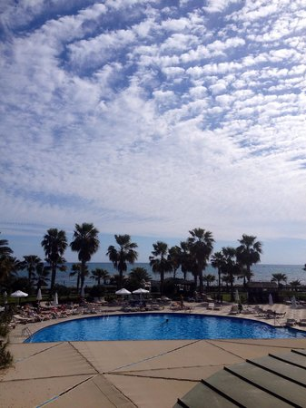Voyage Sorgun : Pool & Sea , toghether