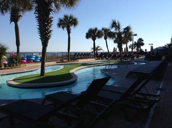 Compass Cove Oceanfront Resort: outdoor lazy river