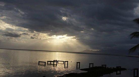 Le Meridien Tahiti: Sunset