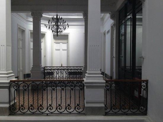 Hotel Plaza Fuerte: porta do quarto