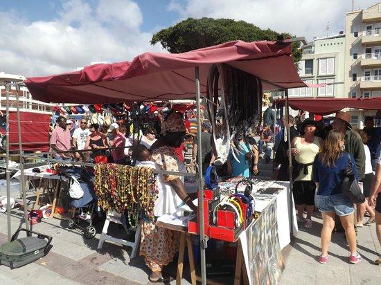 El Medano Hotel: Artisan's Market