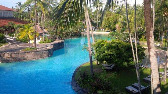 The Laguna, a Luxury Collection Resort & Spa: lagoon pool