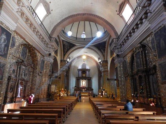 Templo de Santo Domingo: interior Santo Domingo de Guzman