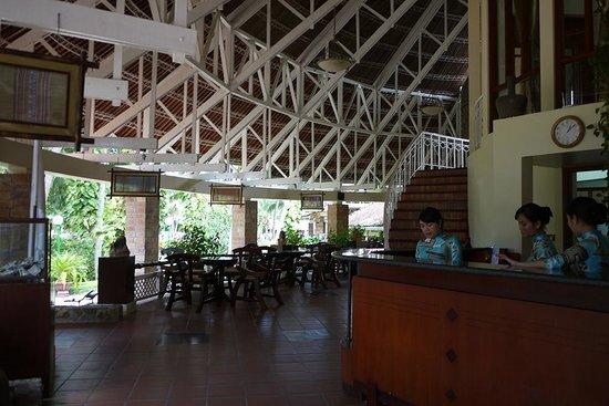 Saigon Mui Ne Resort: 리셉션