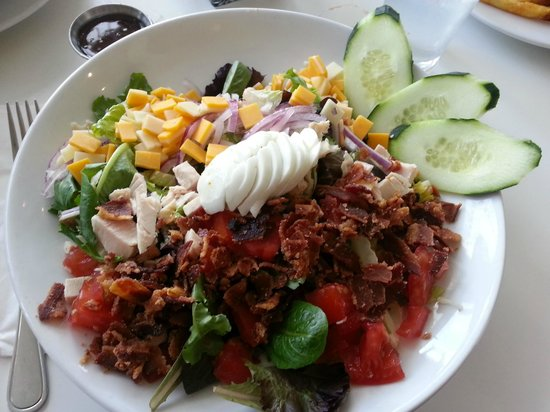 Rhinoceros Cafe and Grill: Chef Salad