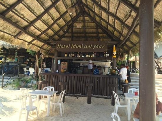 Hotel Mimi del Mar: Great food and service...exceptional place to stay