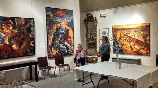 Museum of Rural Life: Ginny & Chris Admiring Mark Priest's Artwork