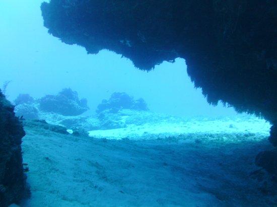 Santa Rosa Wall : nice cave
