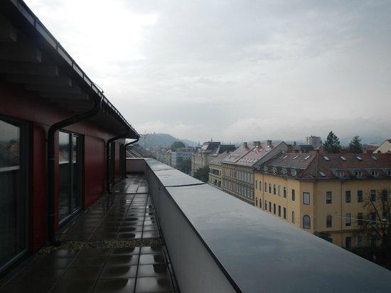 BEST WESTERN PLUS Amedia Hotel Graz: Blick von Dachterasse (vom Zimmer aus begehbar)