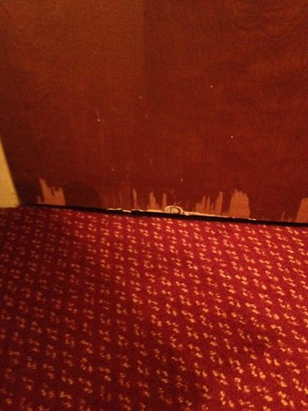 Millennium Maxwell House Nashville: Door from the inside of Room