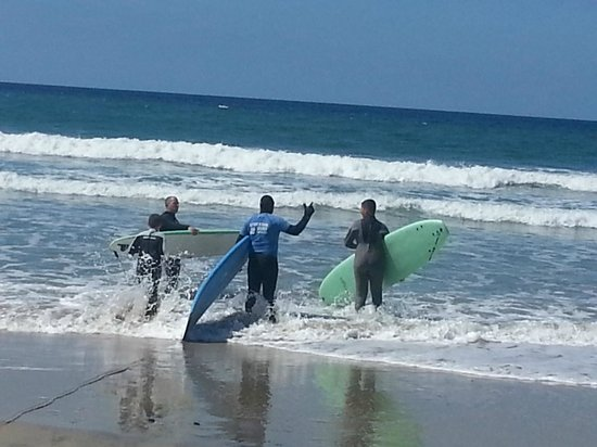 Leucadia Surf School: Surfs Up! Catch some waves