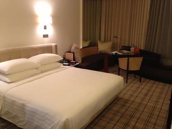 Grand Hyatt Erawan Bangkok: King room