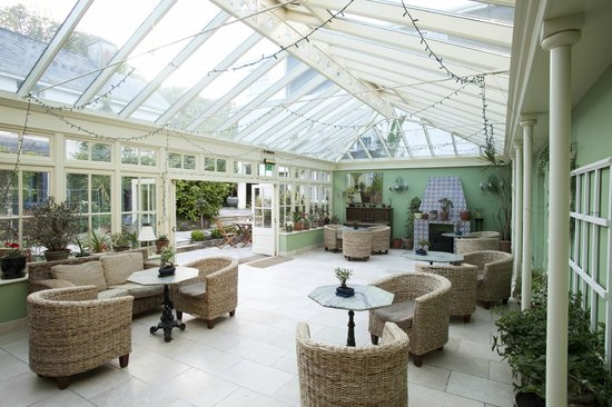 Rosleague Manor Hotel: Conservatory & Bar