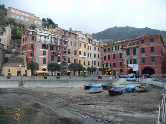 La Mala: Town View from Water