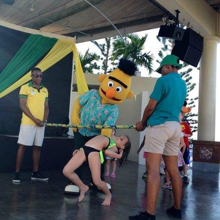 Beaches Ocho Rios Resort & Golf Club : Character activity