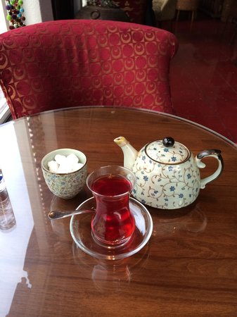 Efendi Tea & Coffee House: Awesome tea loved it. His very own tea infusion. Love the citrus fruit flavors.