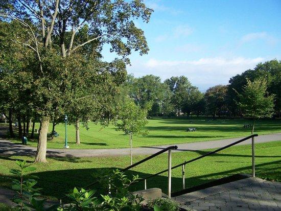 Battlefields Park (Parc des Champs-de-Bataille) : Le Parc des Braves, agréable d'y faire un pique-nique, Parc des Champs-de-Bataille