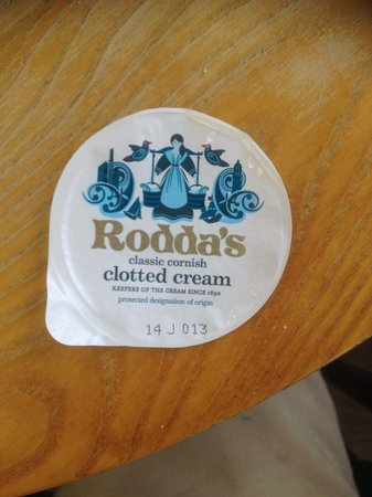 Blooms Worcester Garden Centre: Clotted cream (10mths out of date... Nice)