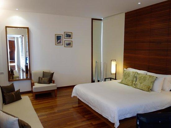 The Sarojin: Bedroom