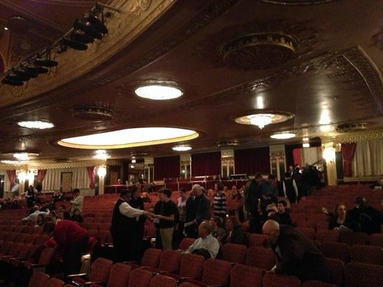 Warner Theatre: looking to the back of lower level