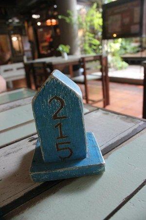 Phranakorn-Nornlen Hotel: Restaurant - you take your room number after placing your order