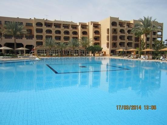 Mövenpick Resort Hurghada: março