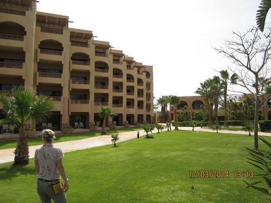 Continental Hotel Hurghada : jardins do hotel