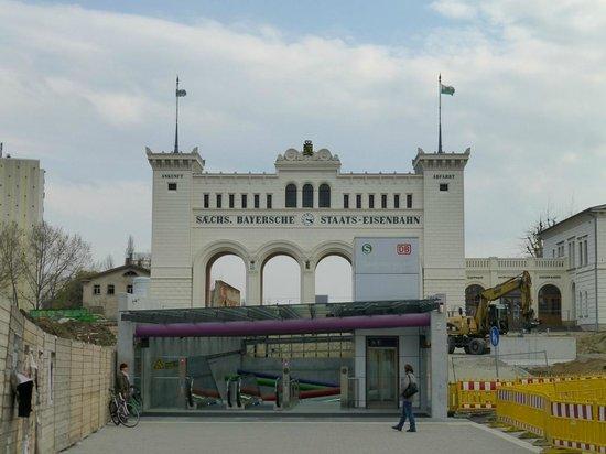 Bayerischer Bahnhof: S-Bahn Bayerischer Platz