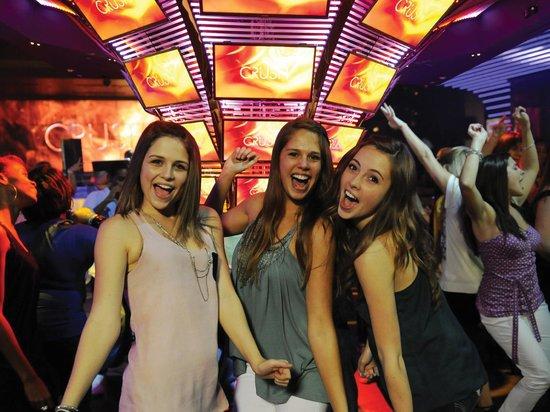 Casino crush.com bills gambling hall and salon