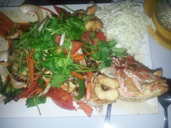 Reangthai Thai Restaurant: Red Snapper Special