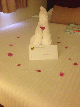 Club Magic Life Sharm el Sheikh Imperial: Towel art
