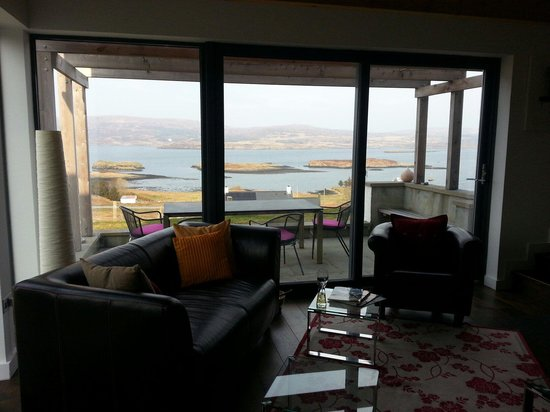 Hillstone Lodge: The lounge