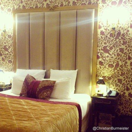 Hotel de l'Empereur: Beautiful room