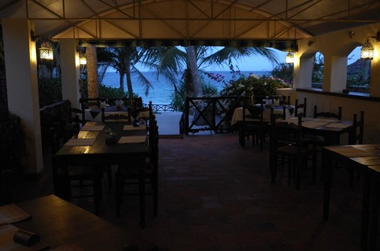 Diani Blue : Dining area