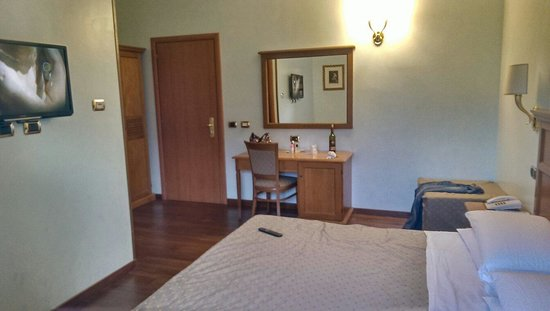 Piemonte Hotel: Good size room (room number 1)