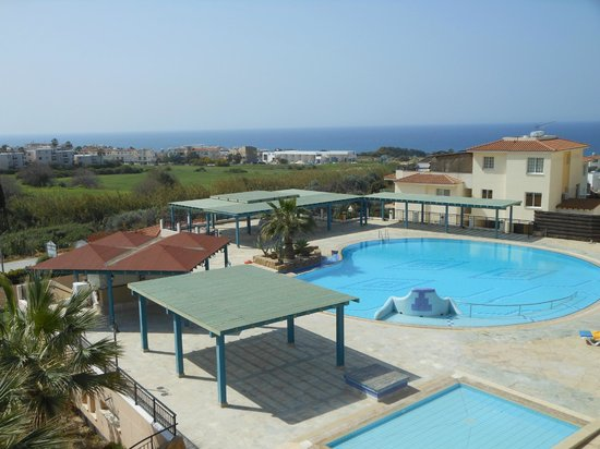 Paradise Kings Club: The main pool with view to Paphos harbour